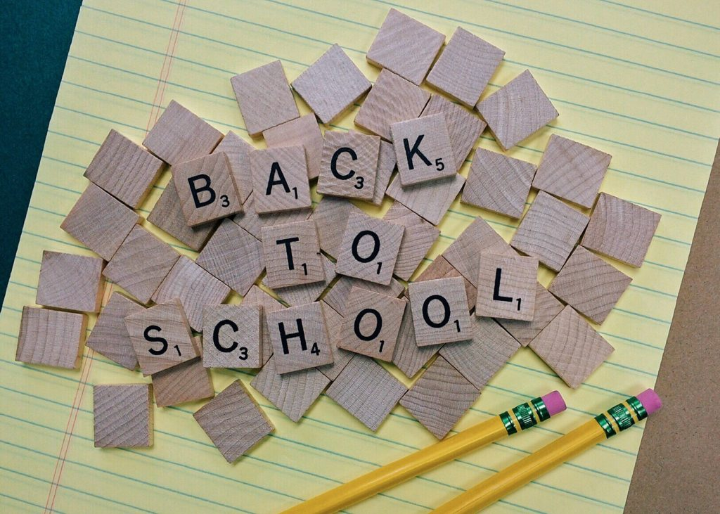 Preparing for the New School Year| She's A Wreck #backtoschool #backtoscholtips #newschoolyear